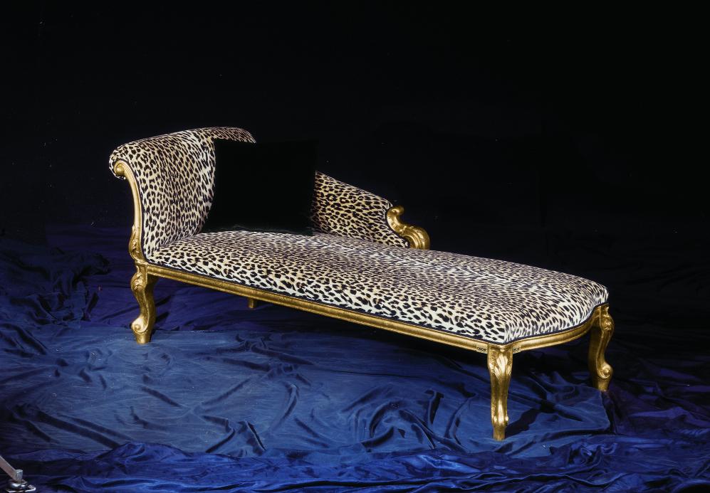 Cleopatra animalier fabric orsitalia for Cleopatra sofa bed