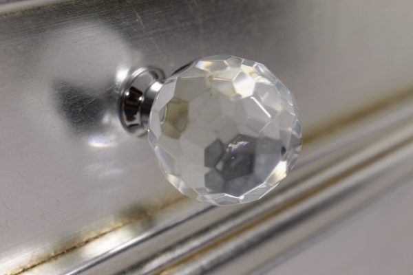 Regina's crystal knobs